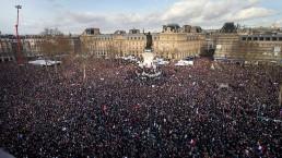 יותר ממליון צרפתים הערב בכיכר הרפובליקה בפריז