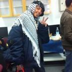 אבו חדיר מסמן 3 אצבעות כנגד 3 נערים יהודים שנרצחו