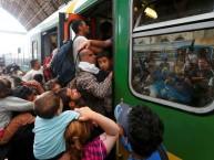 מאות אלפי ערבים מסתערים על הרכבות בהונגריה במטרה להגיע לגרמניה