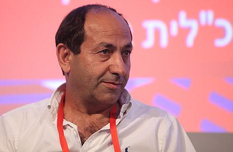 הסיר את הסכינים מהמדפים במקום לפטר את העובדים הערבים (רמי לוי)