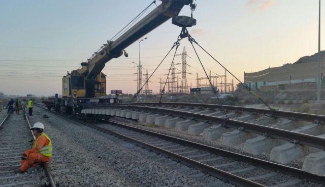 Israeli train work1